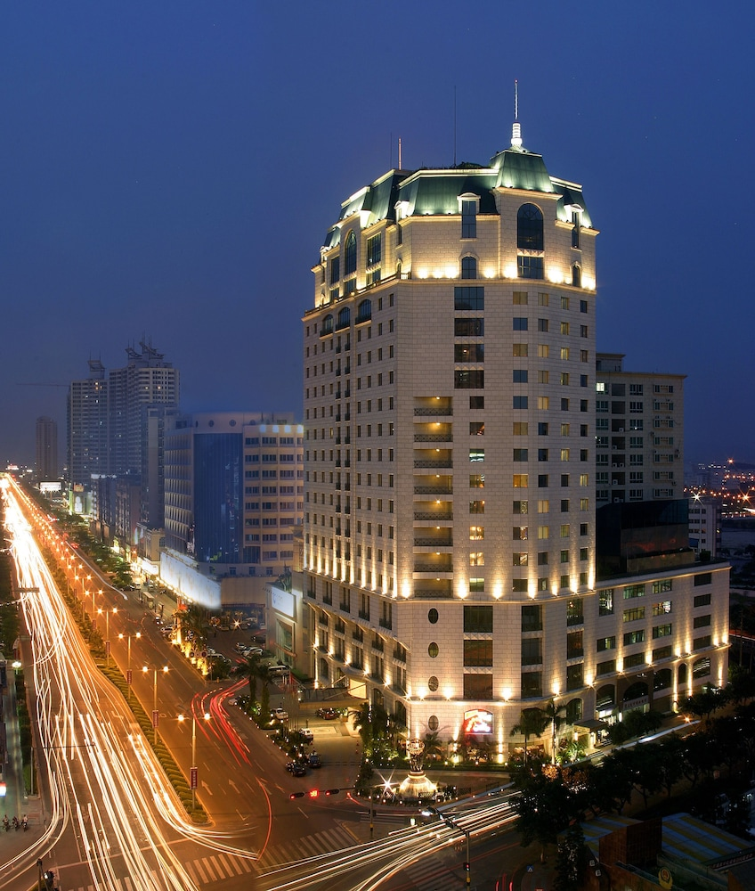 グランド ノーブル ホテル