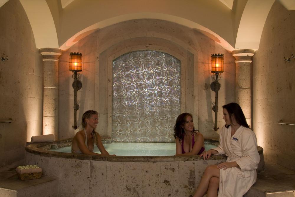 Pueblo Bonito Sunset Beach Resort and Spa All Inclusive | Classic ...
