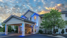 Holiday Inn Express Hotel & Suites Brattleboro, an IHG Hotel