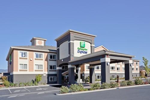 . Holiday Inn Express & Suites Ashland, an IHG Hotel