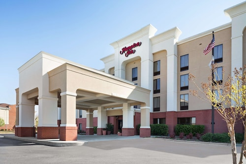 . Hampton Inn Pell City