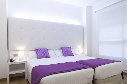 . Hotel Albahia