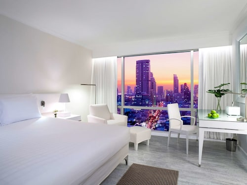 . Pullman Bangkok Hotel G