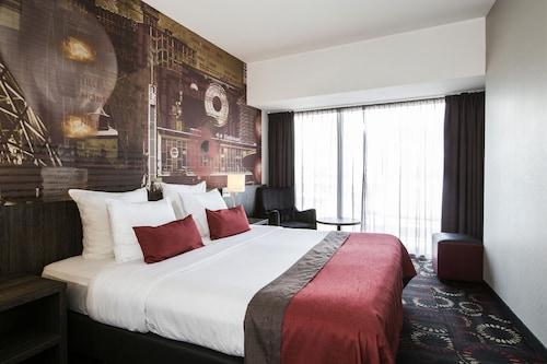 . Crown Hotel Eindhoven Centre