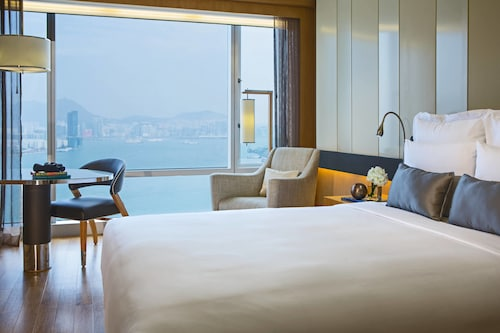 __{offers.Best_flights}__ Renaissance Hong Kong Harbour View Hotel