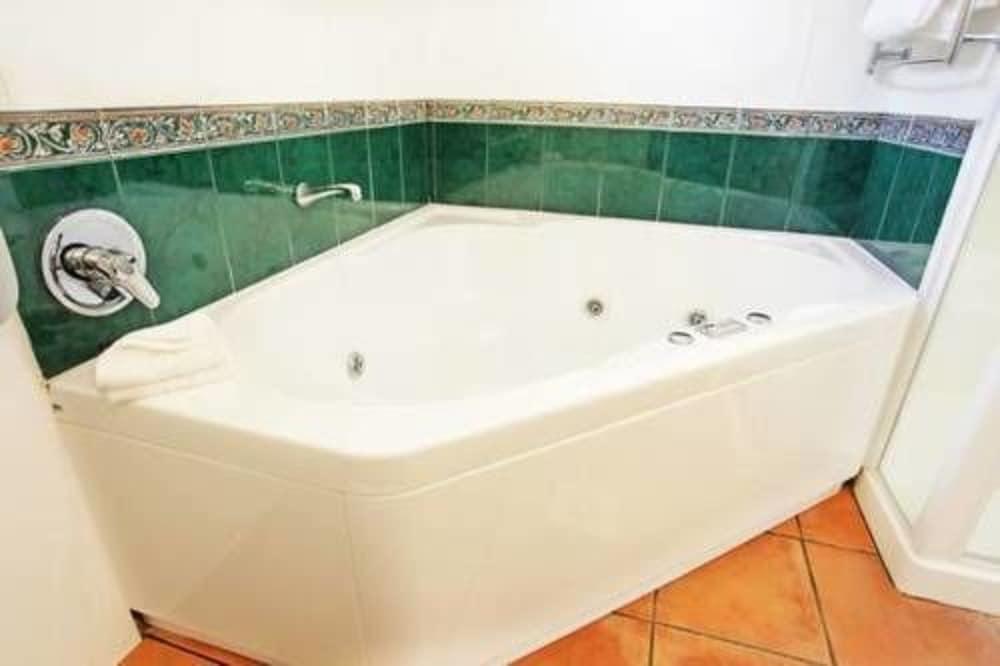 앵글씨 모텔 & 컨퍼런스 센터(Anglesea Motel and Conference Centre) Hotel Image 19 - Bathroom