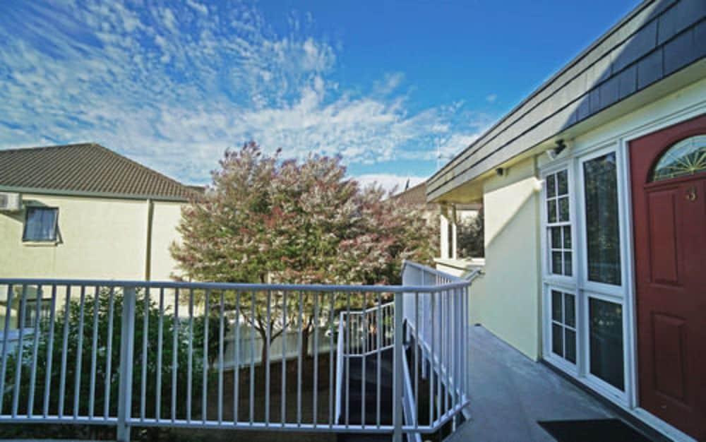 앵글씨 모텔 & 컨퍼런스 센터(Anglesea Motel and Conference Centre) Hotel Image 31 - View from Hotel