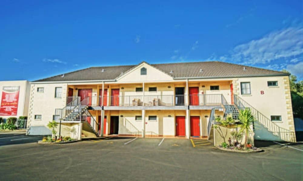 앵글씨 모텔 & 컨퍼런스 센터(Anglesea Motel and Conference Centre) Hotel Image 28 - Hotel Front