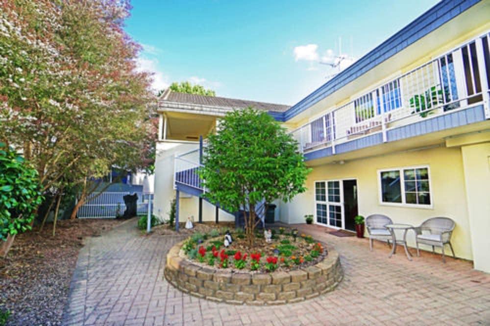 앵글씨 모텔 & 컨퍼런스 센터(Anglesea Motel and Conference Centre) Hotel Image 27 - Property Grounds