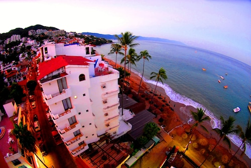 . Emperador Vallarta Beachfront Hotel and Suites