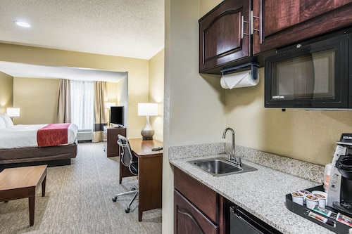 Comfort Inn & Suites, Greenwood