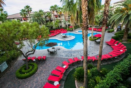 Tuscany Suites & Casino, Clark