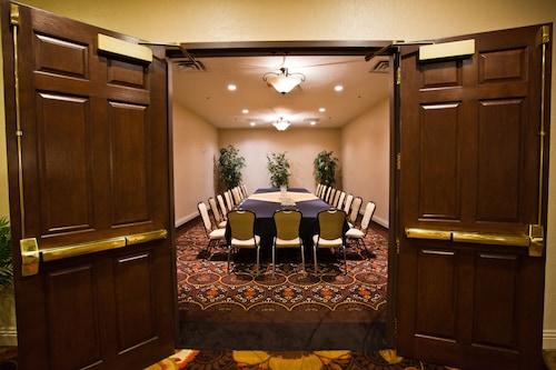Tuscany Suites & Casino image 10