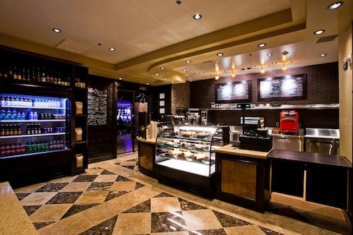Tuscany Suites & Casino image 6