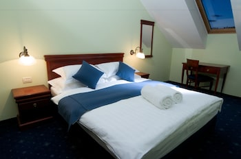 Double Room, 1 Queen Bed