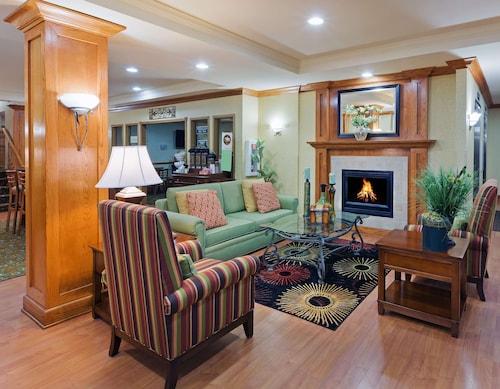 . Country Inn & Suites by Radisson, Oklahoma City at Northwest Expressway, OK