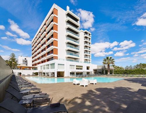 . Hotel Alcazar Beach & SPA