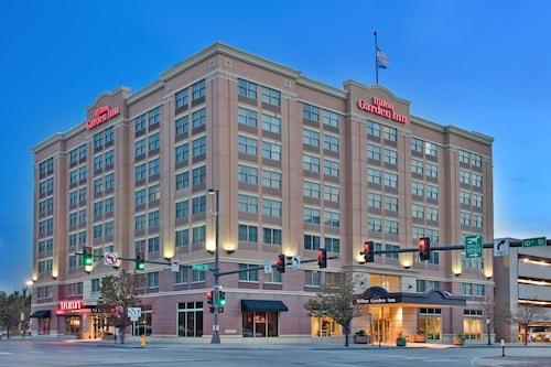. Hilton Garden Inn Omaha Downtown