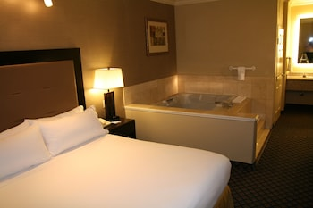 Royal Suite, 1 King Bed, Non Smoking, Jetted Tub
