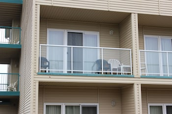 Comfort Inn And Suites - Balcony  - #0