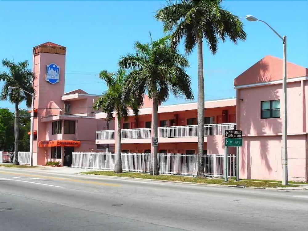 ミッドタウン イン マイアミ ホテル
