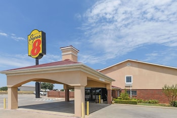 Hotel - Super 8 by Wyndham Burleson Fort Worth Area