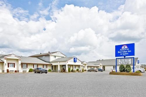 . Americas Best Value Inn & Suites Thief River Falls