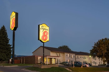 Hotel - Super 8 by Wyndham Owatonna