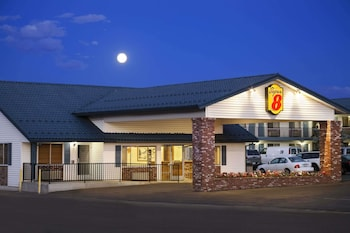 Super 8 by Wyndham Susanville