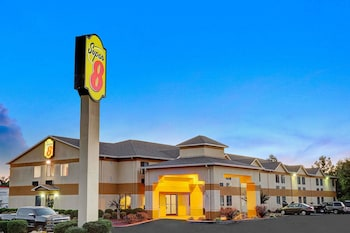 Hotel - Super 8 by Wyndham Hernando