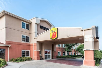 Hotel - Super 8 by Wyndham Fort Worth North