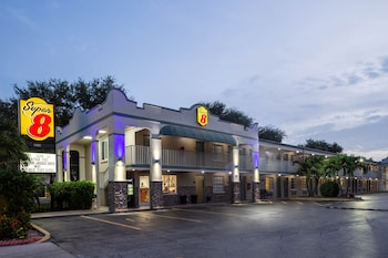 Hotel - Super 8 by Wyndham Bradenton Sarasota Area
