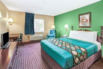 Room, 1 Queen Bed, Hot Tub