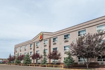 Super 8 Edmonton West - Hotel Front  - #0