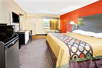 Guestroom at Super 8 by Wyndham Kissimmee/Maingate/Orlando Area in Kissimmee