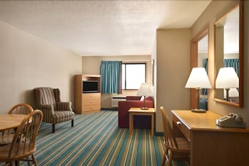 Hotel - Asteria Inn & Suites - New Richmond