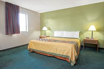 Suite, 1 King Bed, Non Smoking (Upgraded Suite)