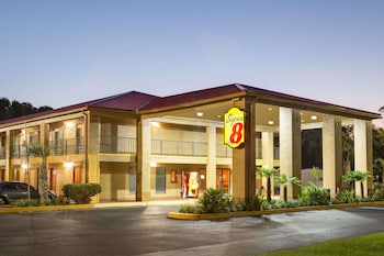 Hotel - Super 8 by Wyndham Defuniak Springs