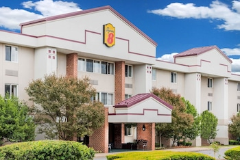 Hotel - Super 8 by Wyndham State College