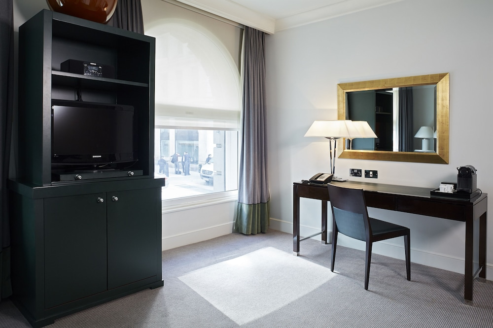 ソフィテル ロンドン セント ジェームス