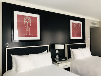 Luxury Double Room, Multiple Beds, City View