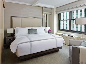Premier Suite, 1 King Bed with Sofa bed