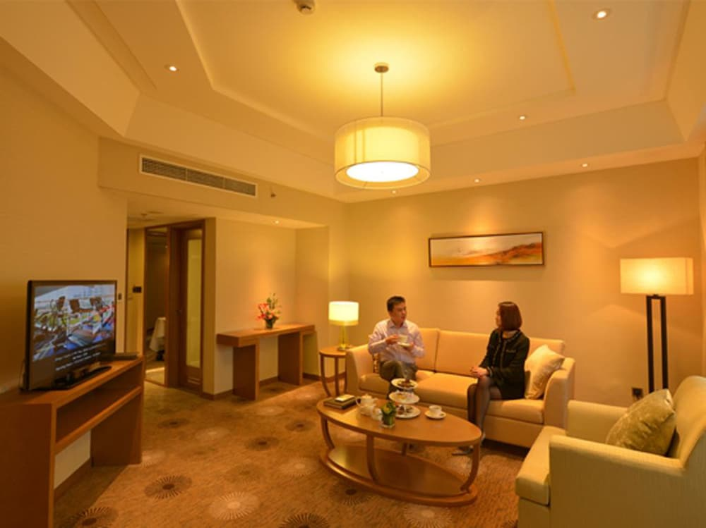 라마다 플라자 푸동(Ramada Plaza Pudong) Hotel Image 14 - Guestroom