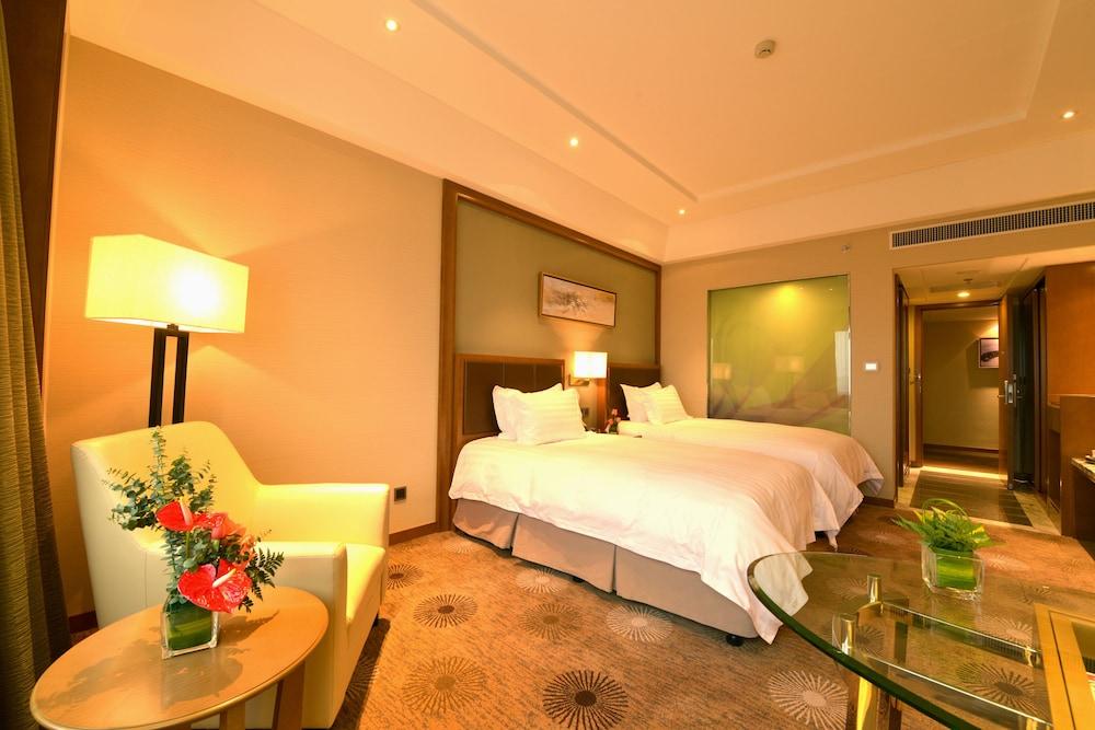 라마다 플라자 푸동(Ramada Plaza Pudong) Hotel Image 5 - Guestroom