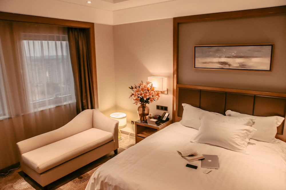 라마다 플라자 푸동(Ramada Plaza Pudong) Hotel Image 10 - Guestroom