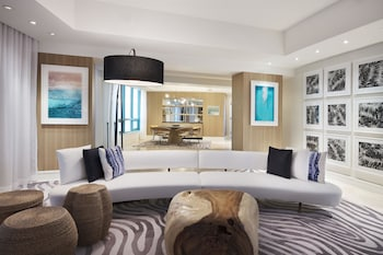 Penthouse, 1 King Bed, Balcony, Oceanfront