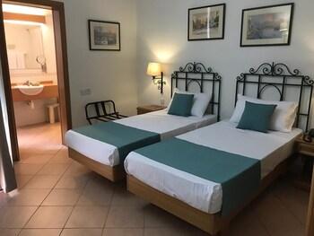 Standard Double or Twin Room (Standard)
