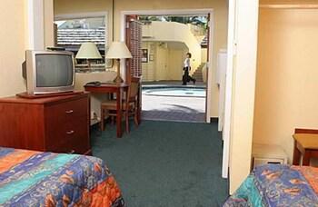Bahia Cabana Beach Resort - Guestroom  - #0