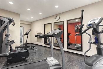 Country Inn & Suites by Radisson, Jackson-Airport, MS - Fitness Facility  - #0
