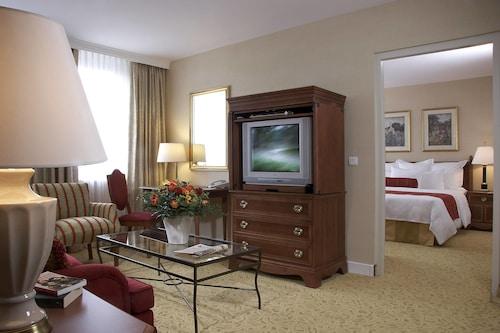 . Marriott Executive Apartments Millennium Court